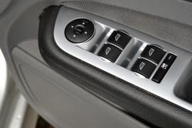 2010 Ford Focus LV XR5 TURBO Hatchback image 6