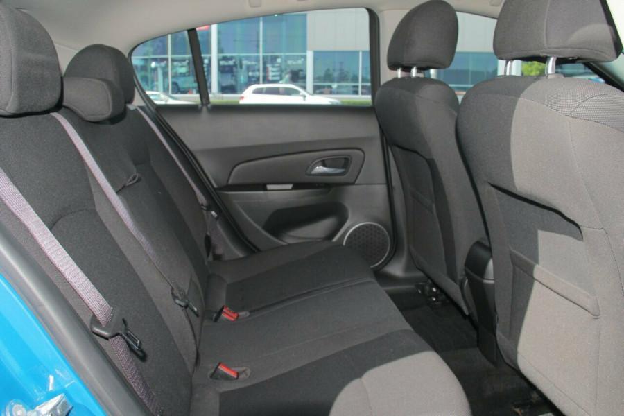 2015 MY16 Holden Cruze JH Series II MY16 Equipe Hatchback