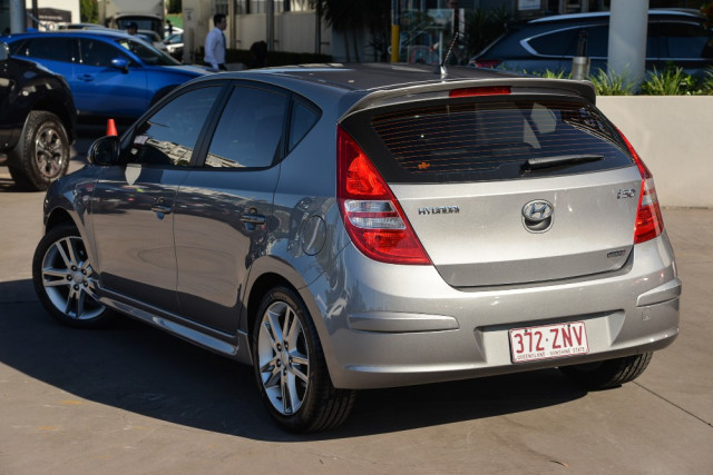 2011 Hyundai I30 FD  SR Hatchback Image 2