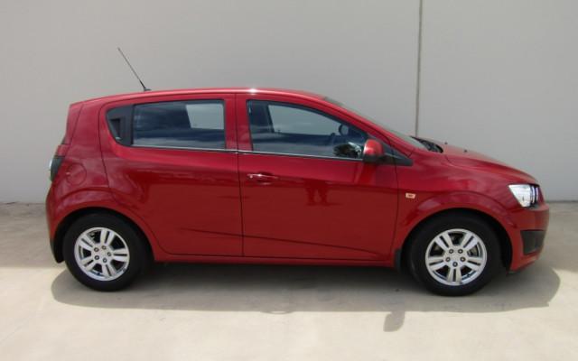 2012 Holden Barina TM TM Hatch Image 2