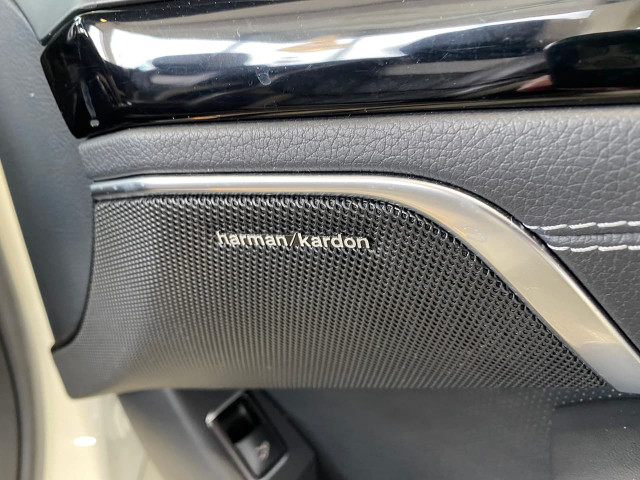 2015 Mercedes-Benz Sl-class R231 SL500 Roadster Image 17