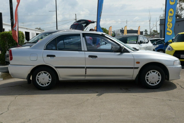 1998 Mitsubishi Lancer CE GLi Sedan Image 3
