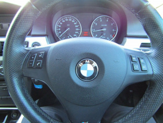 2010 BMW 3 Series E90 MY10 320i Steptronic Executive Sedan image 10