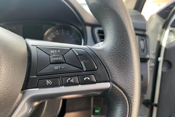 2017 Nissa X-Trail T32 ST Wagon Mobile Image 8