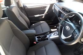 2017 Toyota Corolla ZRE172R ASCENT Sedan image 5