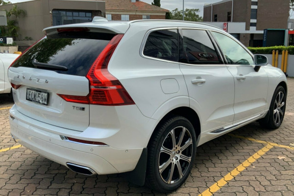 2019 MY20 Volvo XC60 246 MY20 T5 Inscription (AWD) Suv Image 4