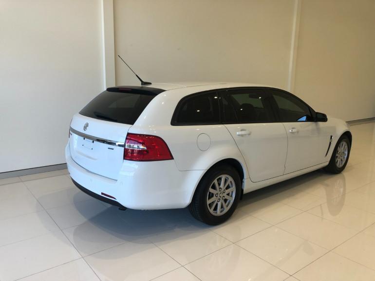 2016 Holden Commodore VF II Evoke Sportwagon Image 4