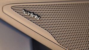 i30 Infinity 7-Speaker premium audio.