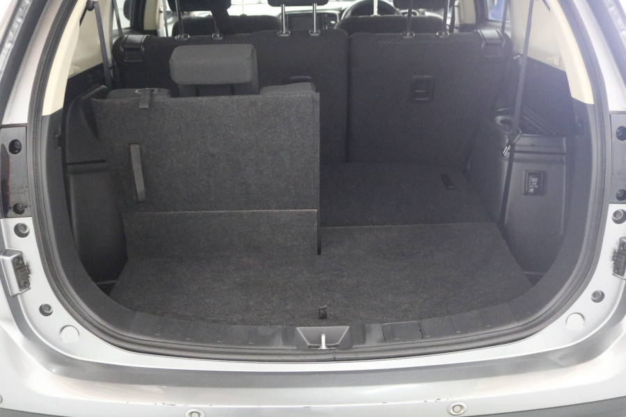 2018 MY18.5 Mitsubishi Outlander ZL MY18.5 LS Suv Image 8