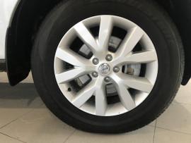 2012 Nissan Murano Z51 Series 3 ST Wagon Image 5