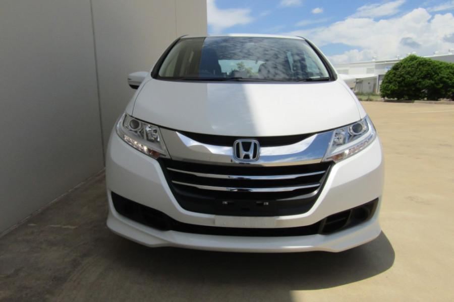 2016 Honda Odyssey 5th Gen VTi Wagon Image 24