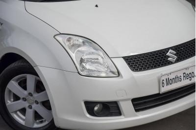 2009 Suzuki Swift RS415 S Hatchback Image 3