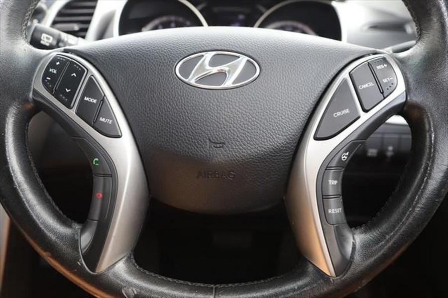 2012 Hyundai I30 GD Elite Hatchback Image 17
