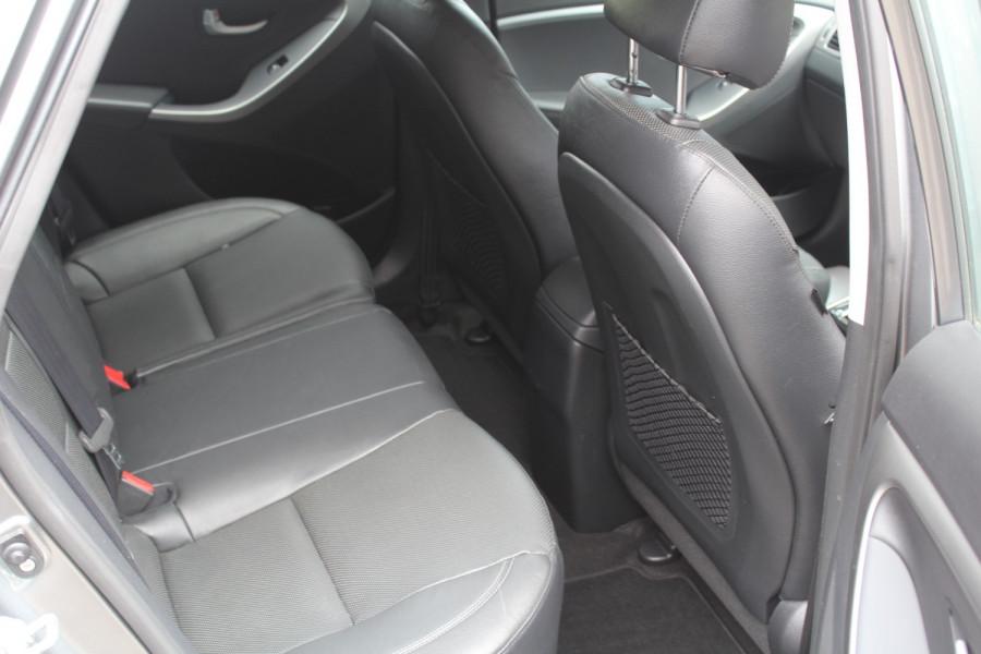 2016 MY17 Hyundai I30 Hatchback Image 14
