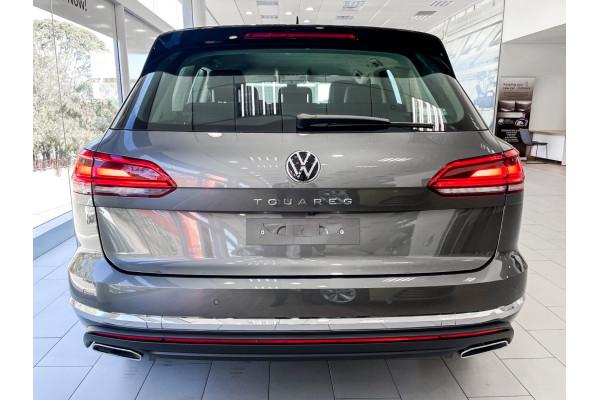 2021 Volkswagen Touareg Suv Image 5