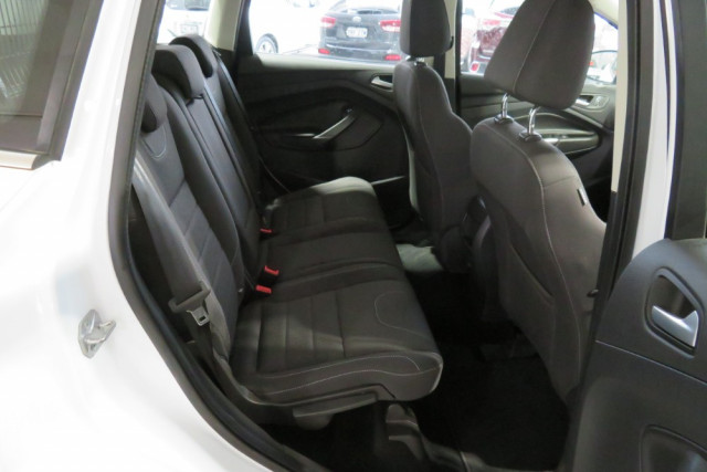 2015 Ford Kuga Ambiente FWD 8 of 24