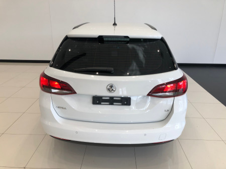 2017 Holden Astra BK Turbo LS+ Sportwagon Image 5