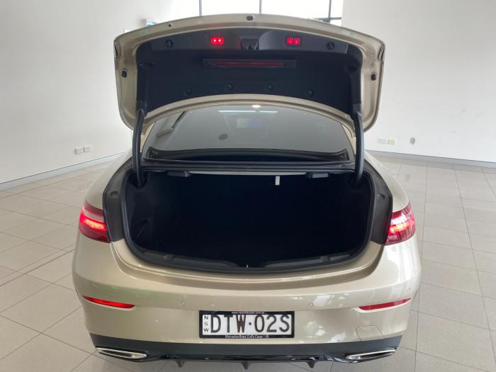 2017 Mercedes-Benz E-class C238 E300 Coupe Image 8