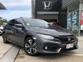 Honda Civic Hatch VTi-LX 10th Gen