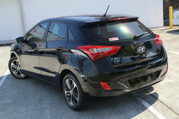 2015 MY16 Hyundai i30 GD3 Series II MY16 Active X Hatchback Image 2