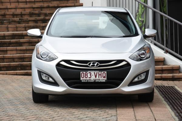 2014 Hyundai I30 GD2 MY14 SE Hatchback Image 2