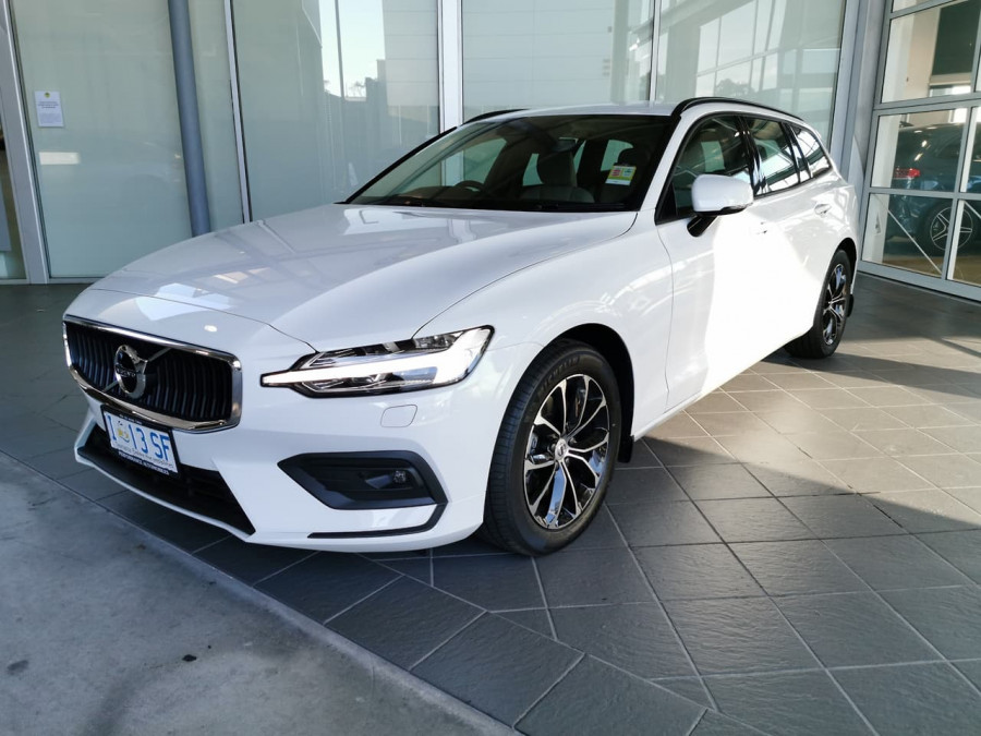 2019 Volvo V60 (No Series) MY20 T5 Momentum Wagon Image 3