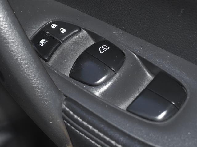 2015 Nissan X-TRAIL T32 ST-L Suv Image 33