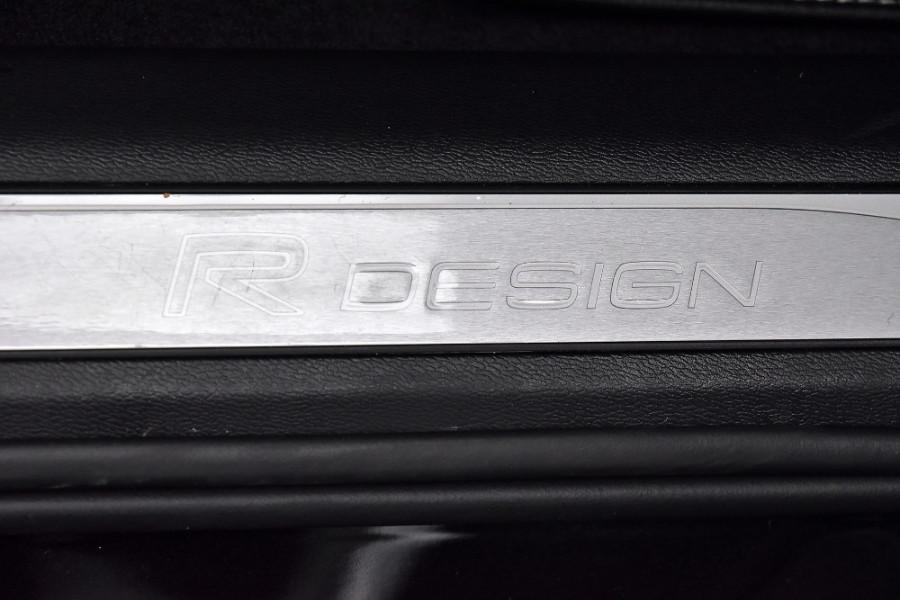 2020 Volvo XC60 UZ T6 R-Design Suv Mobile Image 23