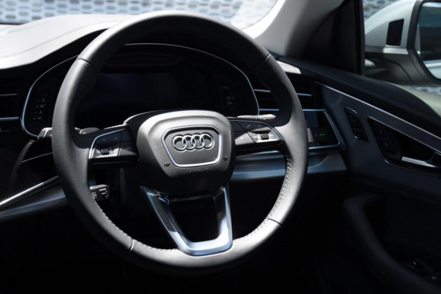 2019 Audi Q8 Suv Image 9