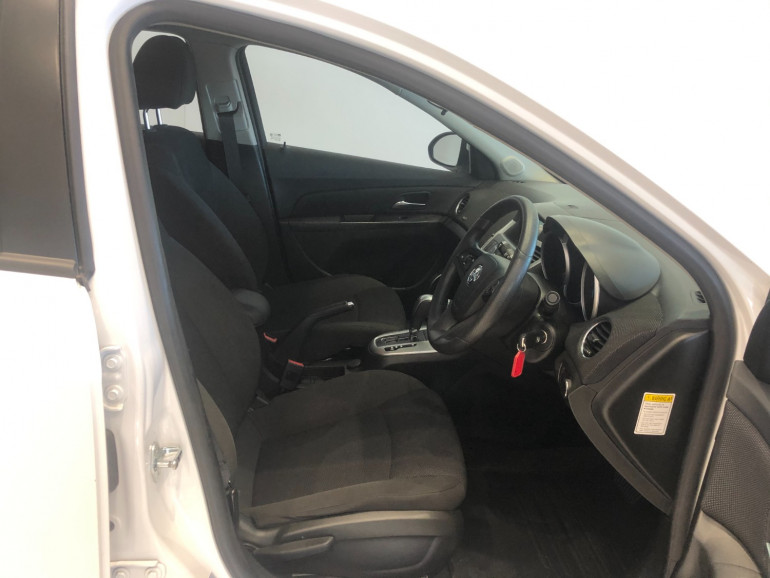 2016 Holden Cruze JH Series II CD Sportwagon Image 10