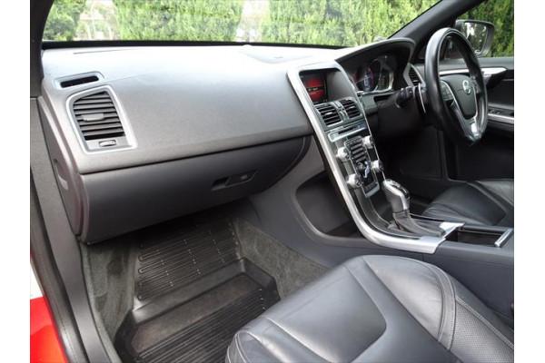 2014 MY15 Volvo XC60 DZ  D5 D5 - R-Design Suv Image 3