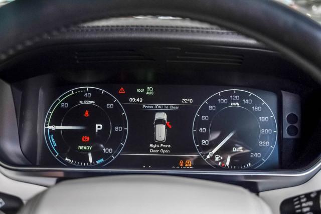 2015 Land Rover Range Rover L405 SDV6 Hybrid Vogue SE Suv Image 11