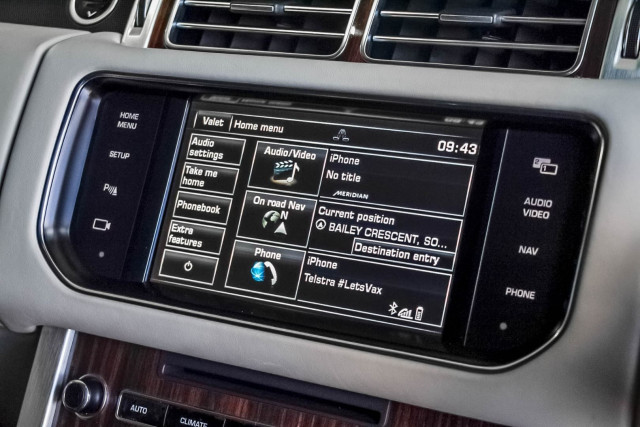 2015 Land Rover Range Rover L405 SDV6 Hybrid Vogue SE Suv Image 12