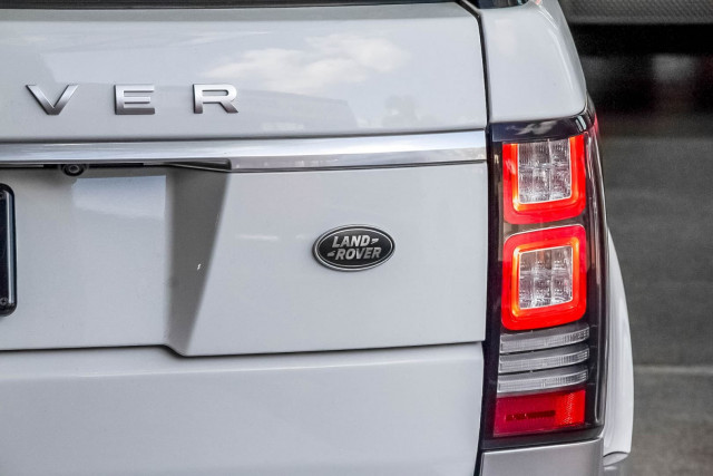 2015 Land Rover Range Rover L405 SDV6 Hybrid Vogue SE Suv Image 21