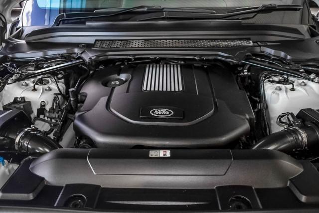 2015 Land Rover Range Rover L405 SDV6 Hybrid Vogue SE Suv Image 22