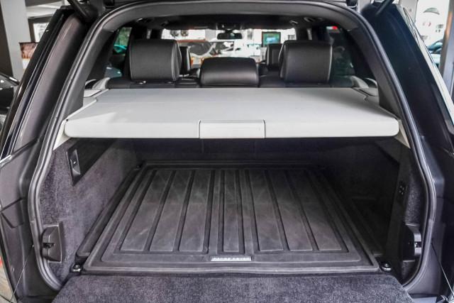 2015 Land Rover Range Rover L405 SDV6 Hybrid Vogue SE Suv Image 23