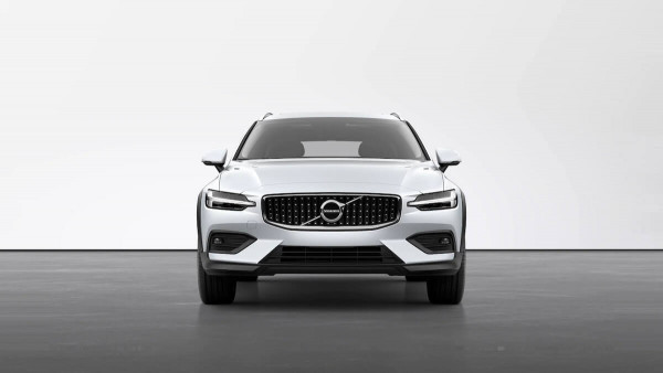 2021 MY22 Volvo V60 B5 Cross Country Wagon Image 5