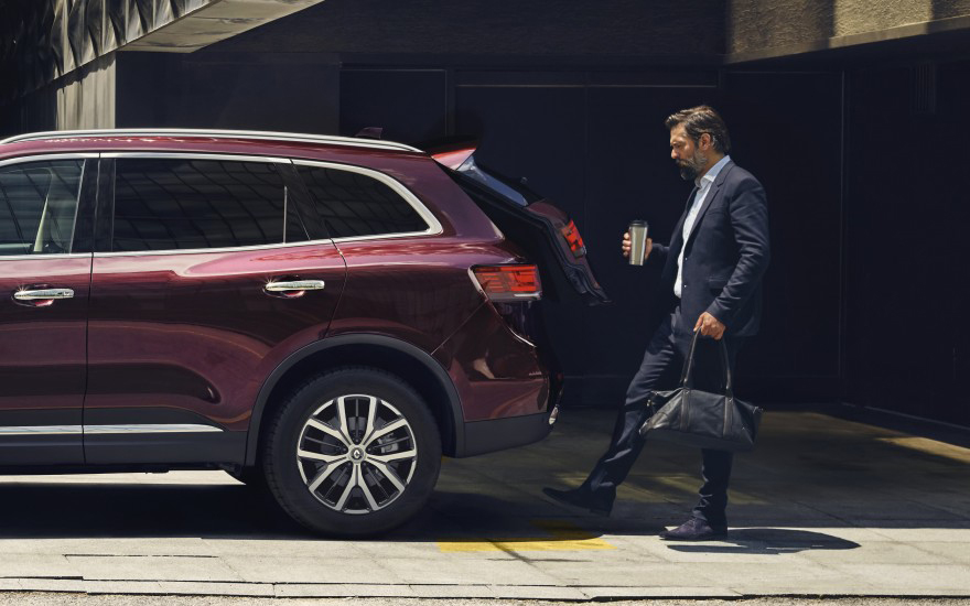 Koleos Change the space with a single touch