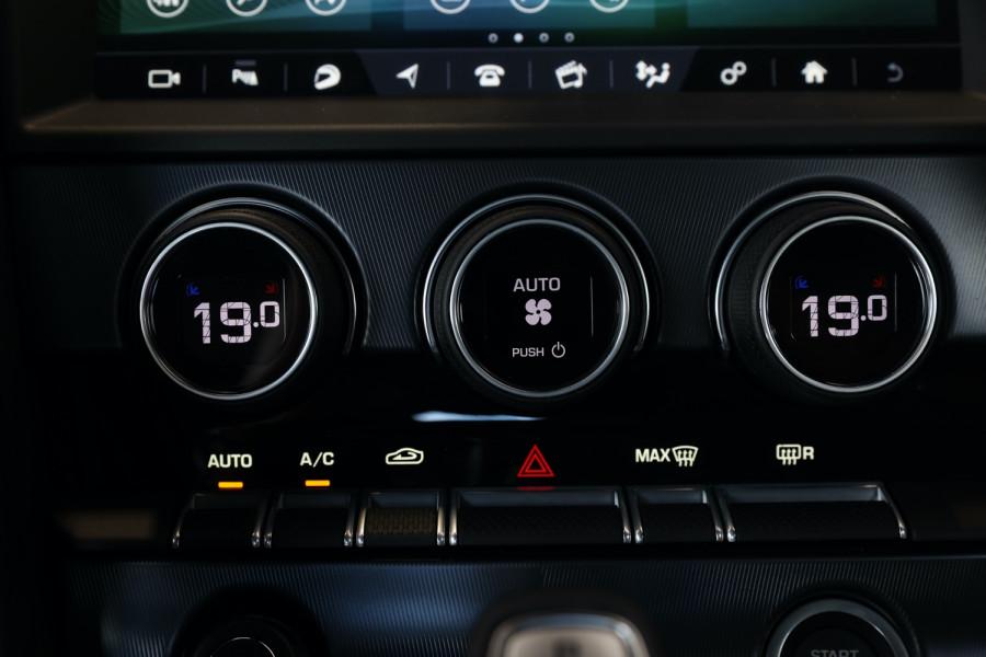 2019 MY20 Jaguar F-type X152 20MY R Coupe Image 17