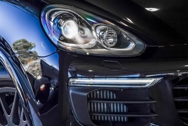 2017 Porsche Cayenne 92A Diesel Platinum Edition Suv Image 18