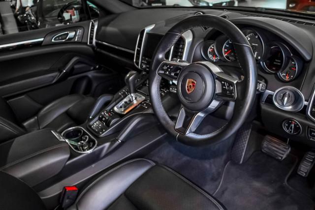 2017 Porsche Cayenne 92A Diesel Platinum Edition Suv Image 6