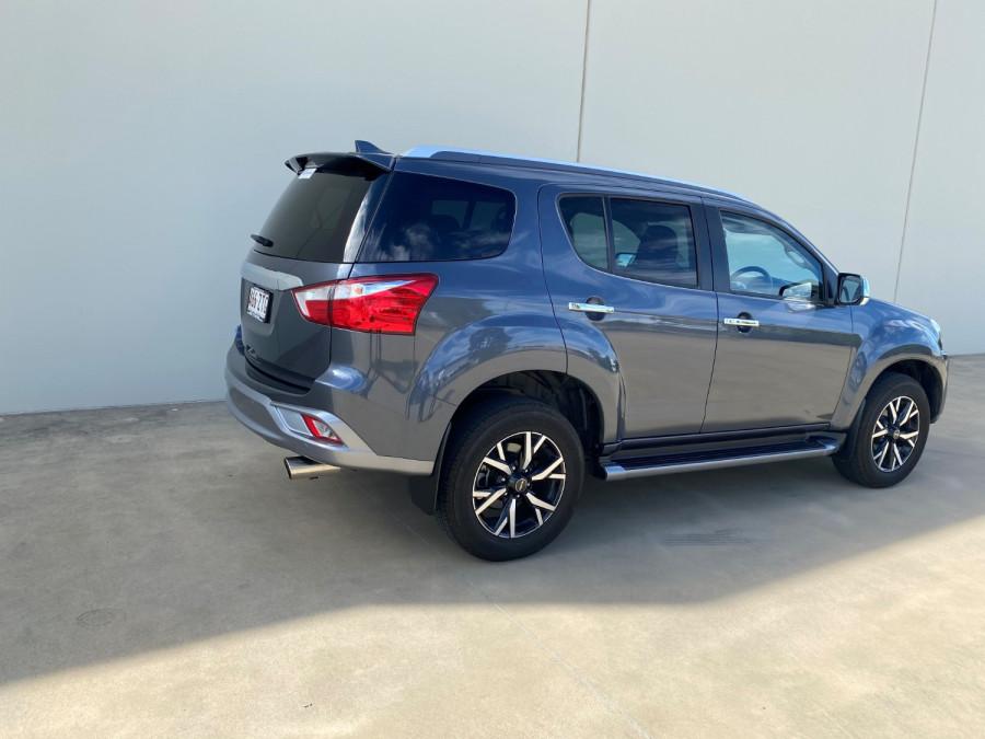 2019 Isuzu UTE MU-X LS-T 4x2 Wagon Image 4