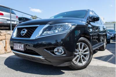 2015 Nissan Pathfinder R52 ST-L Suv Image 2