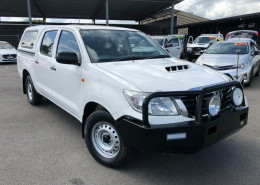 Toyota Hilux SR Double Cab 4x2 KUN16R MY14