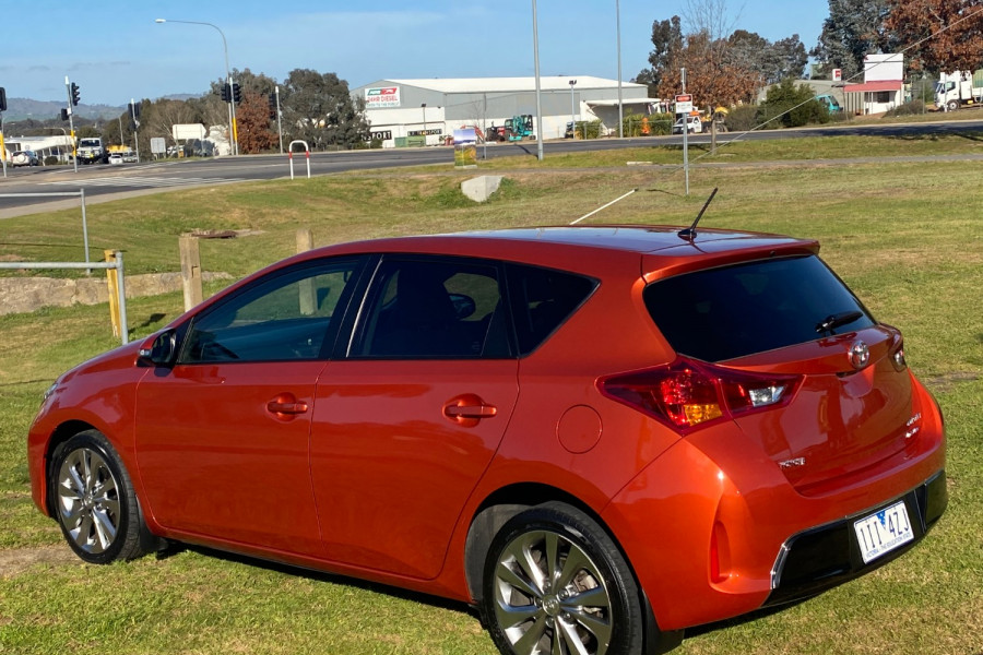 2013 Toyota Corolla ZRE182R LEVIN Hatchback Image 5