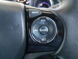 2015 Honda Civic 9th Gen Series II VTi-S Hatchback image 15
