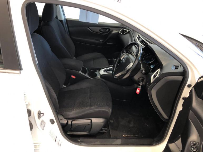 2016 Nissan QASHQAI J11 ST Suv Image 10