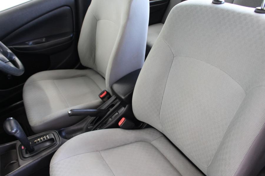 2003 Nissan Pulsar N16 S2 MY2003 ST Hatchback Image 12