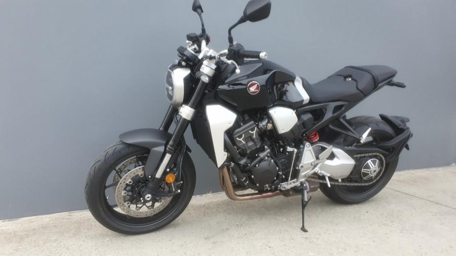2019 Honda CB1000R CB1000R Image 11