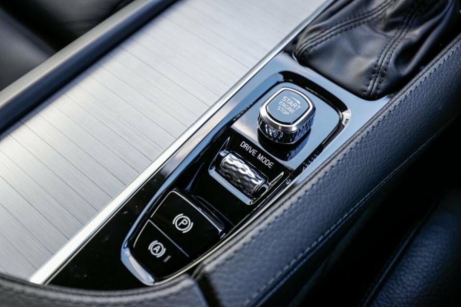 2019 MY20 Volvo XC90 L Series D5 Momentum Suv Image 27